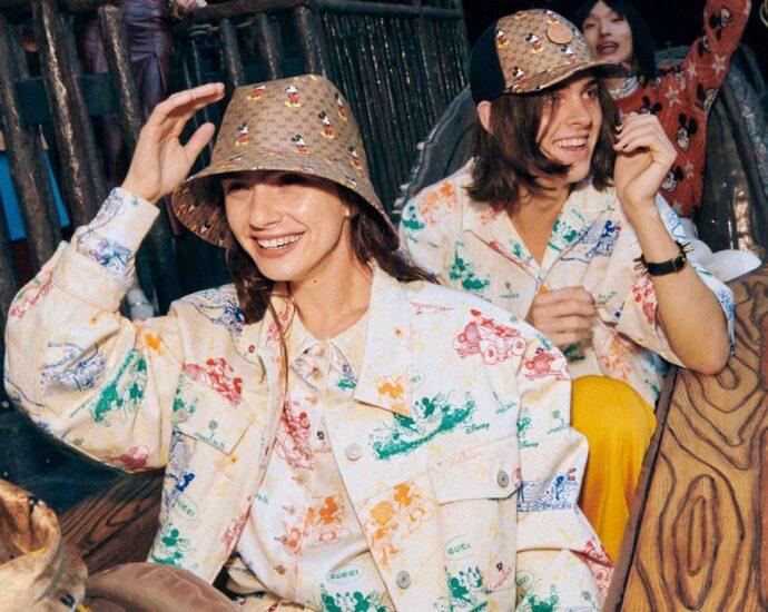 gucci topolino capodanno cinese mickye mouse gucci collezione 2020 moda fashion news streetstyle gucci monogram vinicio mascarello