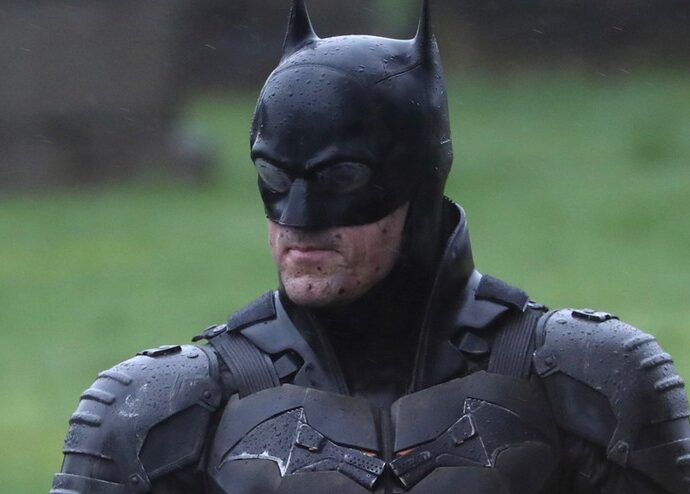 the batman robert pattinson costume film apple watch il blog di vinicio mascarello